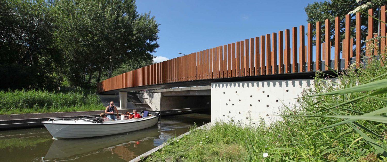 brug Watercampus Leeuwarden natuurinclusief zwaluwgaten ipv Delft