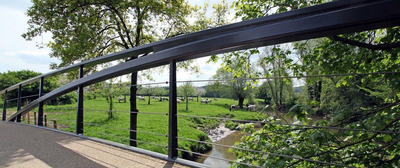 staalconstructie ingetogen voetgangersbrug Geuldal ipv Delft