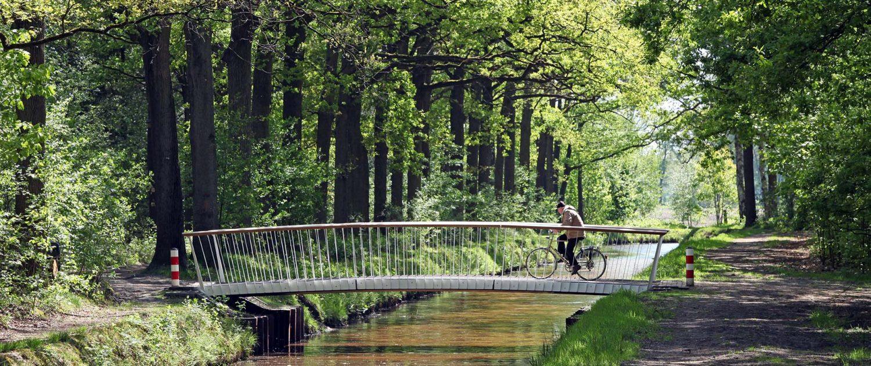 nieuwe parkbruggen fiets en voetgangersbrug DenBosch composiet ipv Delft