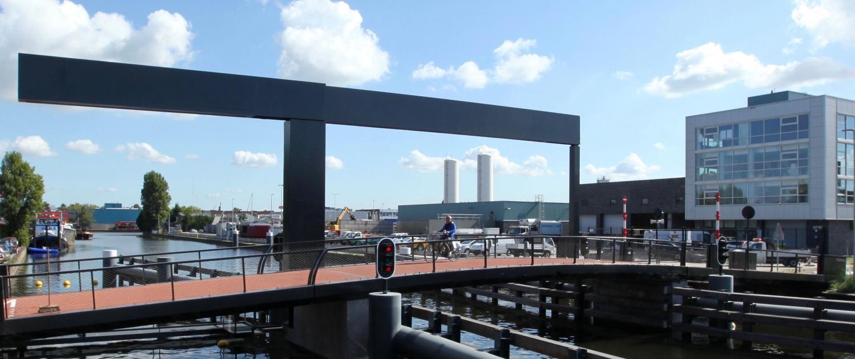 Figeebrug Haarlem moderne stalen ophaalbrug