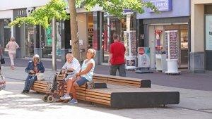 groot zitmeubilair winkelcentrum Rijswijk