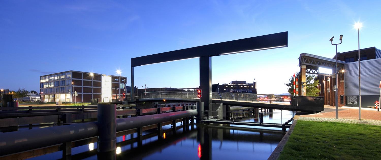 Figeebrug Haarlem nacht lichtlijn