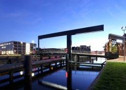 Ophaalbrug Figeebrug Haarlem nacht lichtlijn