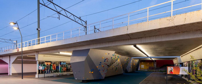 ARM.01_008_tunnel-Schiedam-Armada-treinrails-onderdoorgang-ipvDelft