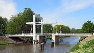 Marknesserbrug-zijaanzicht-ophaalbrug-ontwerp-ipvDelft.