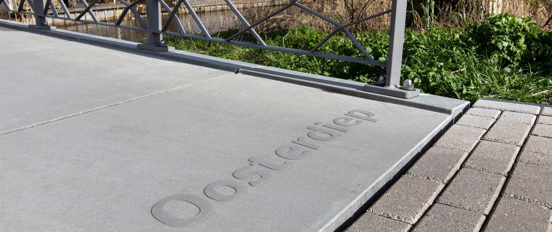 bruggen-UHSB-brug-naam-in-dek-Koningshof-Pijnacker-ipvDelft
